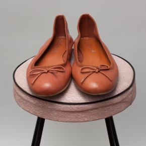 Laureana Ballet Flats