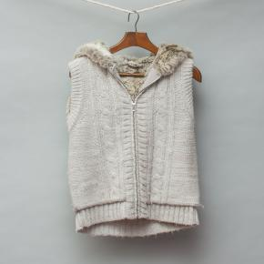 Witchery Knitted Vest