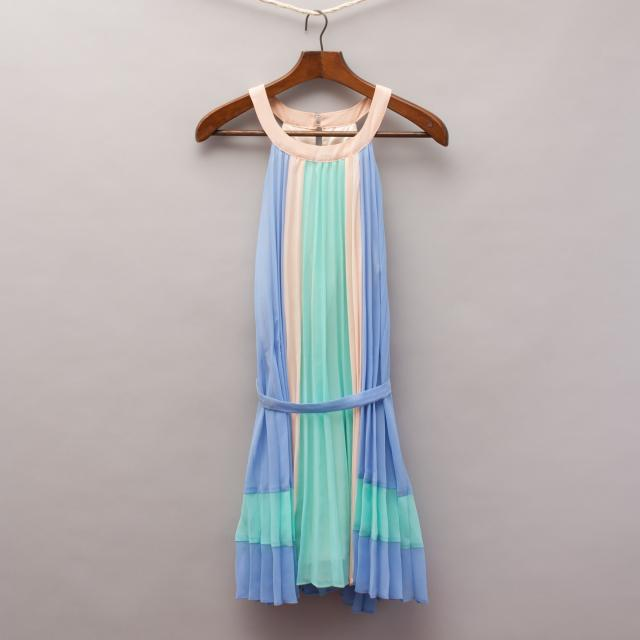 Gum Pastel Pleated Dress