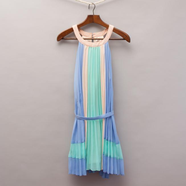Gum Pastel Pleated Dress