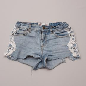 Gum Denim Shorts