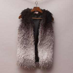 Gum Fuzzy Vest