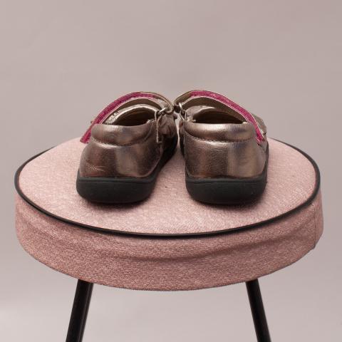 See Kai Run Metallic Shoes - US 6