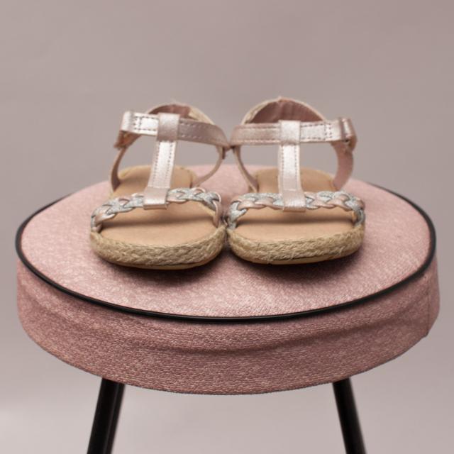 OshKosh Metallic Sandals - US 7