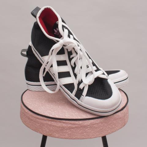 Adidas Black & White Lace Ups - US5