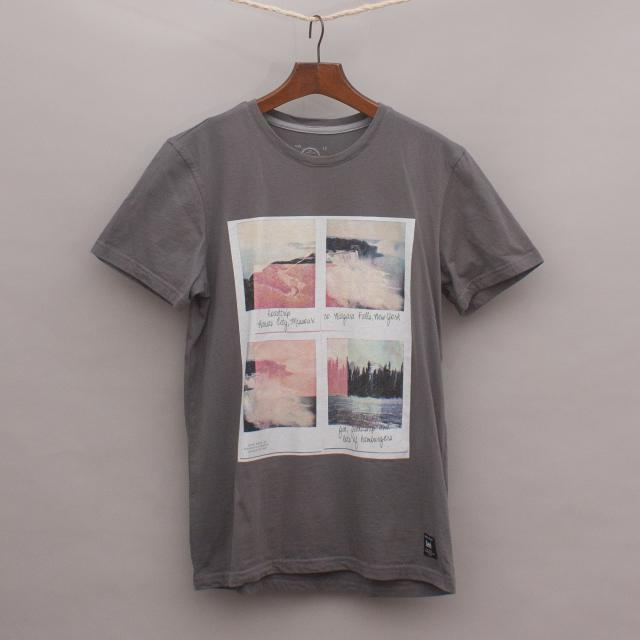 Lee Niagara Falls T-Shirt