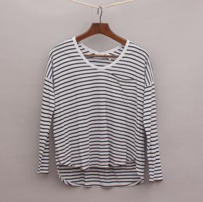 Decjuba Striped Long Sleeve Top