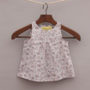 Chalk & Cheese Floral Top