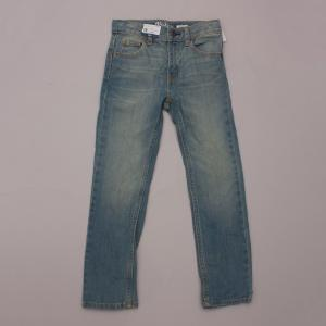 "OshKosh Distressed Jeans ""Brand New"""
