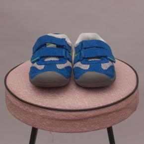 Pediped Velcro Sneakers - US 6
