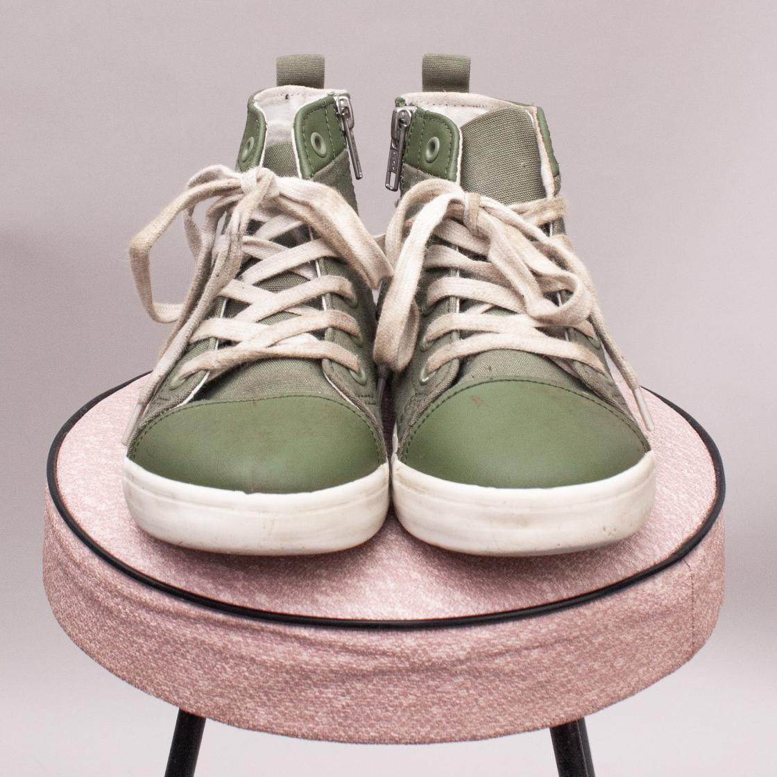 Country Road Canvas High Tops - Size EU 31