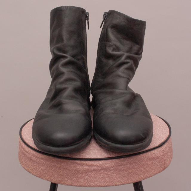 Flexx Black Boots - EU 37.5