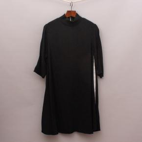 Zara Black Swing Dress