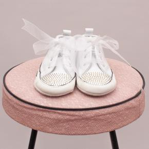 Converse Embellished Lace Up's - AU 3