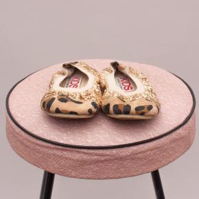 Cotton On Embellished Slip On's - AU 7