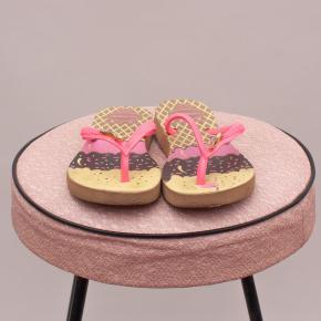 Havaianas Ice Cream Thongs - Size 23-24