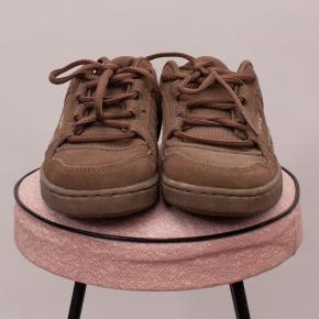 Vans Brown Sneakers - US 3