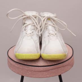 Michael Jordan Sneakers - EU 35