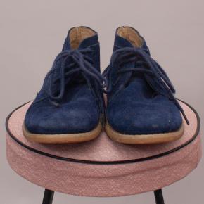 Clarks Suede Boots - EU 32