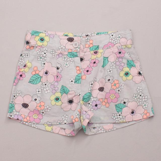 Country Road Flower Power Shorts