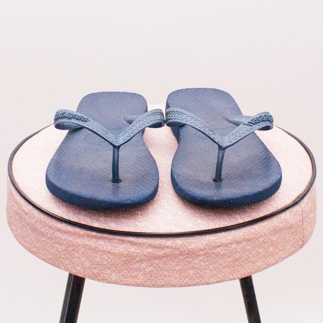 Havaianas Blue Thongs - Size EU 31 (Age 6 Approx.)