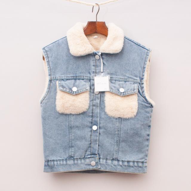 """XDJ Kids Denim & Faux Fur Vest """"Brand New"""""""