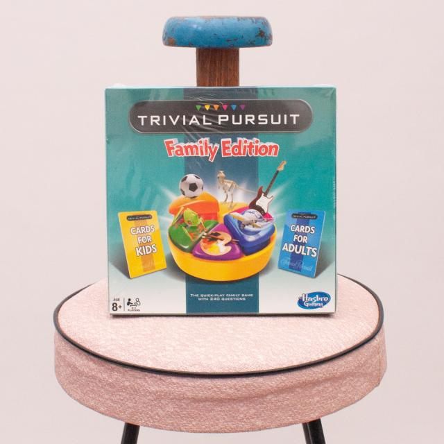 """Mini Trivial Pursuit Family Edition """"Brand New"""""""