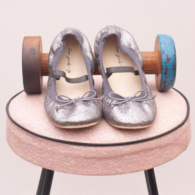Zara Metallic Slip On's - EU 28 (Age 4 Approx.)