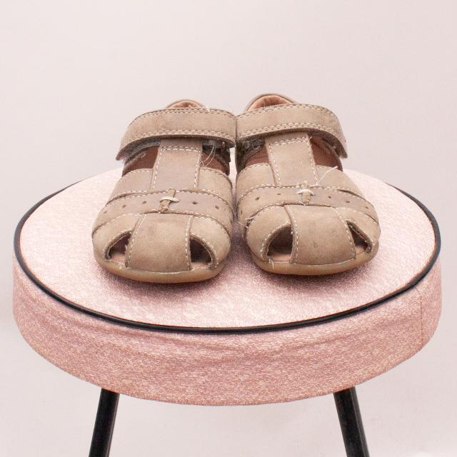 Clarks Leather Sandals - Size EU 23 (Age 0-12Mths Approx.)