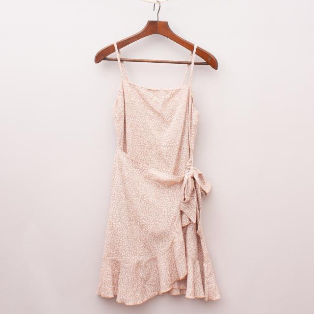 Rumor Patterned Cross-Over Dress
