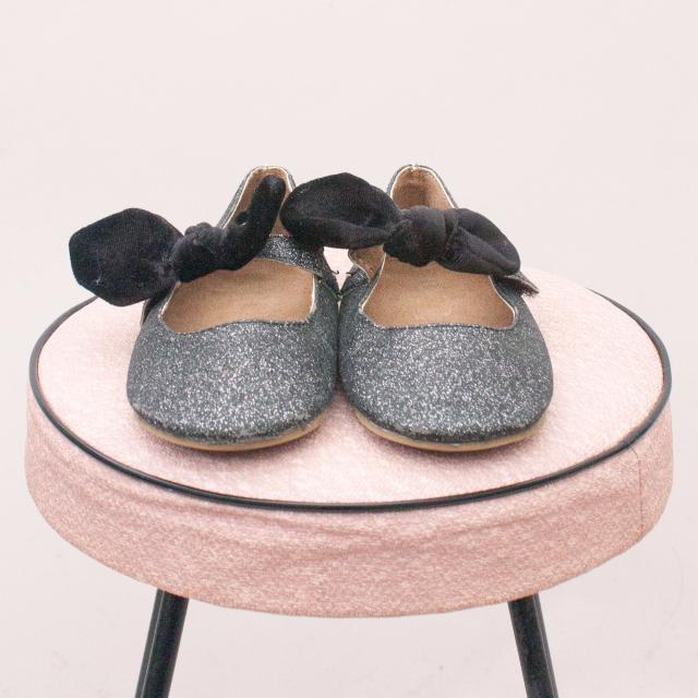 Sparkly Slip On's - Size EU 26 (Age 3 Approx.)