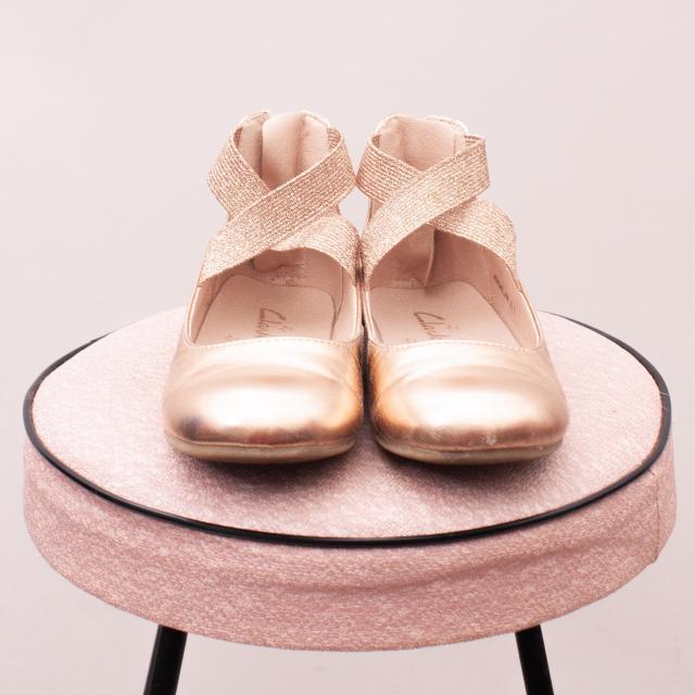 Clarks Metallic Sandals - JNR 25 (Age 2-3 Approx.)